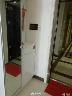 瀚景名座22楼 豪华装修带家电拎包入住房源出售