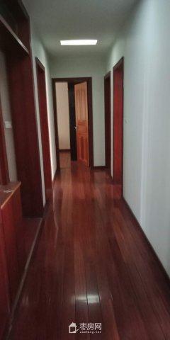 清华园  三室两厅两卫 164平米 精装修 出售