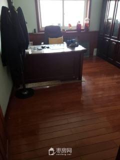 锦泰华府 两室一厅 88平米 精装修 出售