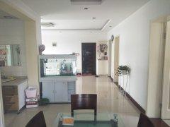 锦绣苑,三楼西户,三室两厅,121平米,售价83万