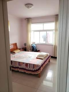 (山亭)欧情豪庭花苑3室2厅1卫133m²简单装修