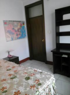 (市中)华山小区3室2厅1卫100m²豪华装修