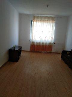 3室2厅1卫100m²简单装修