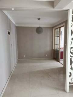 (新城)中央花城3室2厅2卫125m²简单装修