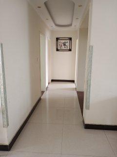 (峄城)凤鸣山庄3室2厅1卫132m²简单装修