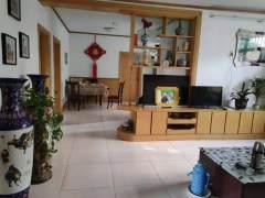 3室2厅1卫136m²简单装修