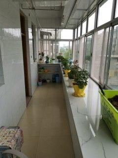 证满5年,紧邻文化路小学3室2厅2卫115m²简单装修