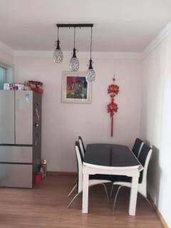 2室2厅1卫94m²简单装修